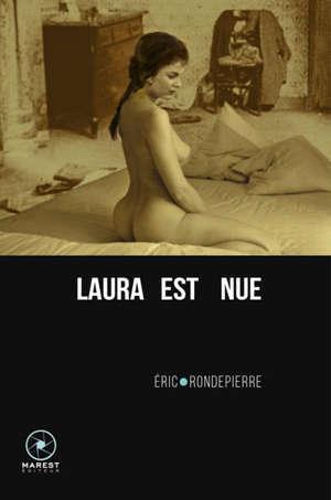 Laura est nue